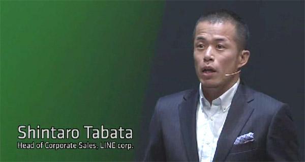 """おなじみ""""メディア野郎""""こと執行役員の田端信太郎さん。マーケティングに関するビジネスソリューションを説明"""